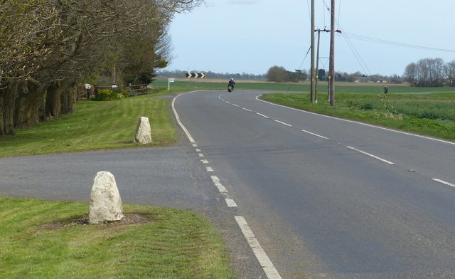 Bend in the A605 Wisbech Road