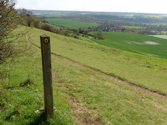 The North Downs Way near Eden's Hole