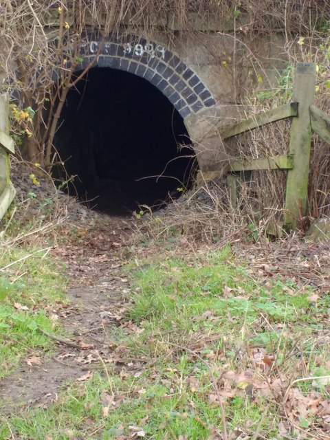 Tunnel under Midland Mainline Railway