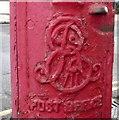TQ2787 : Cypher, Edward VII postbox on Denewood Road by JThomas