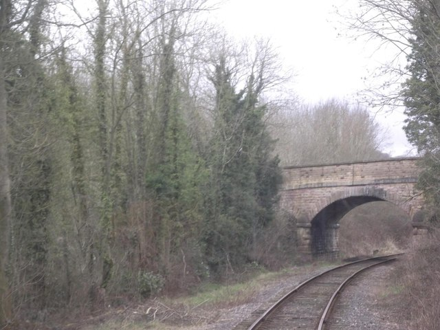 Derby Road crosses the Ecclesbourne Valley Railway