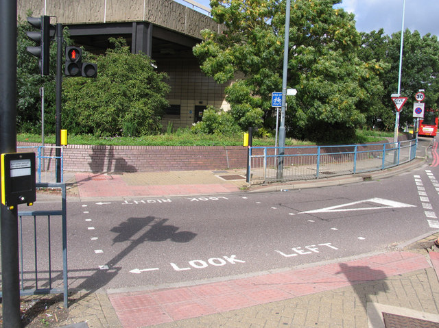 Pedestrian crossing on Great South-west Road/Hatton Road South filter lane
