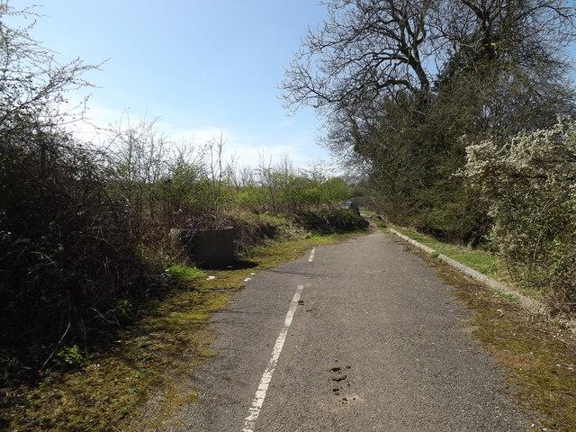 Footpath to the B653 Cory-Wright Way