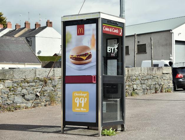 Telephone box, Ballynahinch (May 2016)