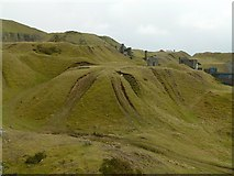 SO5977 : Spoil tip on Titterstone Clee by Alan Murray-Rust