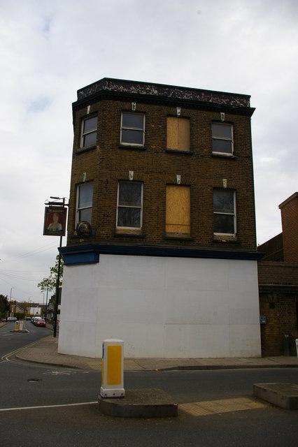Penge: the Alexandra pub, boarded up