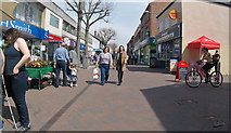 SK5236 : High Road, Beeston by David Lally