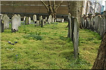 TQ3282 : View of graves in Bunhill Fields by Robert Lamb