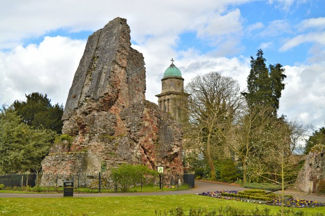 Bridgnorth castle remains and St Mary Magdalene's tower.