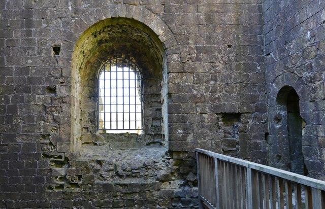 Peveril Castle, Castleton: Henry II's keep (1170) interior detail