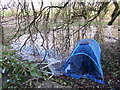 ST8893 : Tent and supermarket trolley at the western edge of Tetbury by Jaggery
