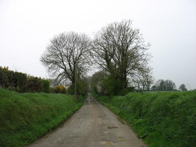 Minor road to Ballaghkeen