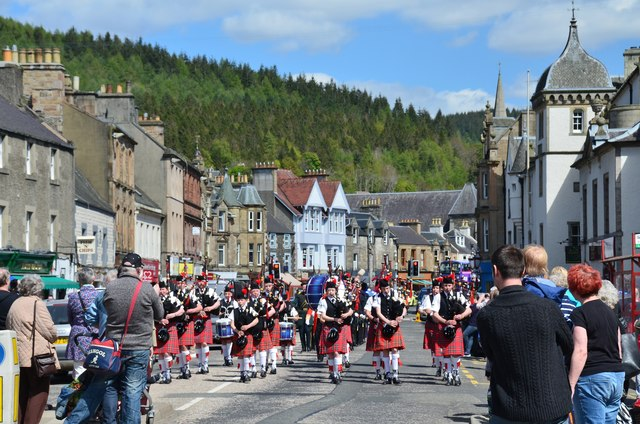 Pipe band, Peebles Silver Arrow © Jim Barton :: Geograph Britain and