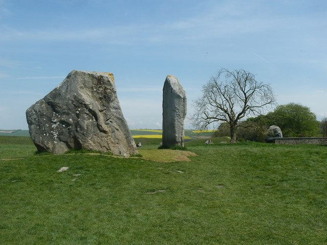 Avebury - The Cove