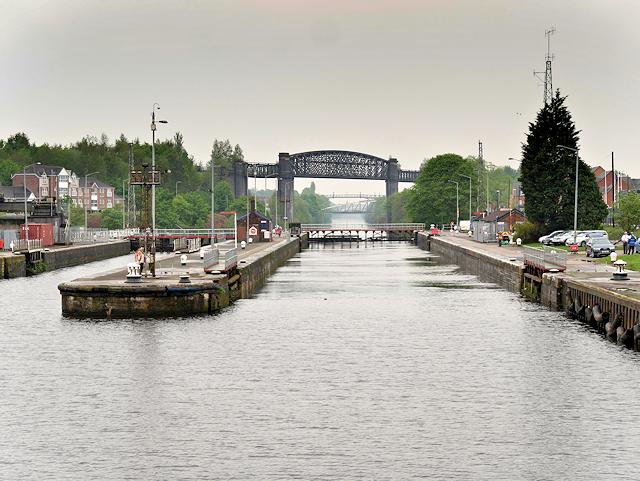 Manchester Ship Canal, Latchford Locks
