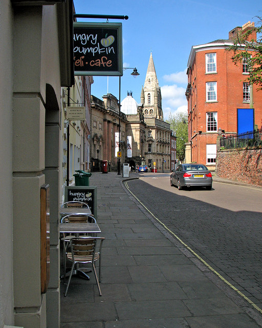 High Pavement: outside the Hungry Pumpkin