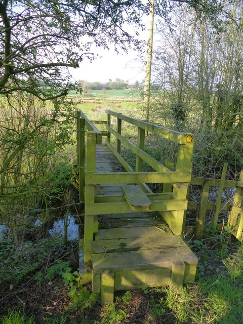 Footbridge over Milton Brook