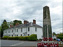 SP2871 : Kenilworth Abbey End and War Memorial by Ian Rob