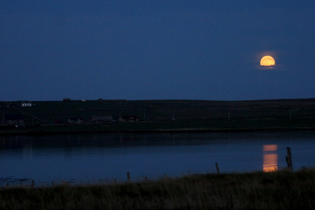 Moonrise over the voe at Baltasound