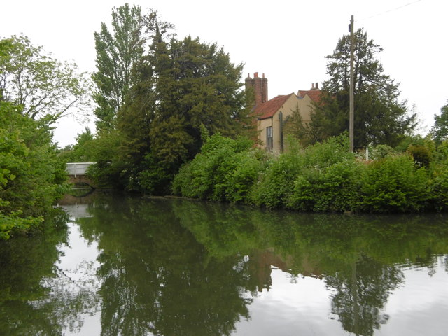 Headstone Manor and its moat