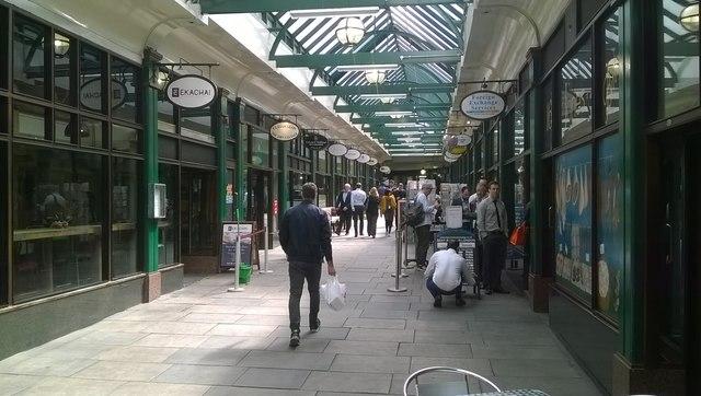 The Arcade, Liverpool Street underground station