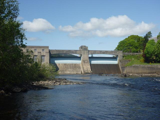 Perthshire Landscape : Pitlochry Dam On The River Tummel