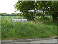 TM1552 : Bells Cross Road sign & Roadsign by Adrian Cable