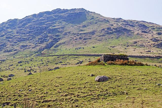 North Wales WWII defences: Pen-y-Gwryd - pillbox (1)