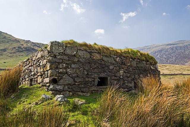 North Wales WWII defences: Pen-y-Gwryd - pillbox (2)