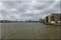 TQ3680 : Along the Thames by DS Pugh