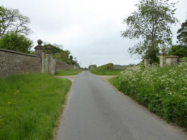Wall and Gatepiers, Barrington Grove, Middle Road, Little Barrington