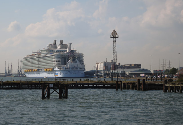 Royal Pier from Town Quay