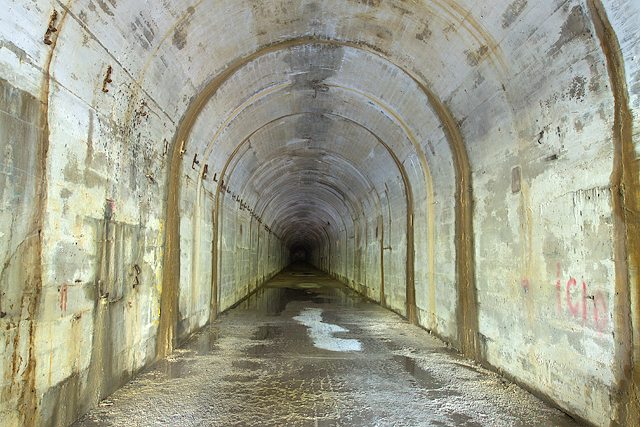 Ministry of Supply Factory, Valley, Rhydymwyn: central tunnel