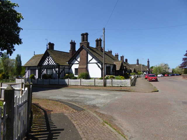 Cottages, Thornton Hough