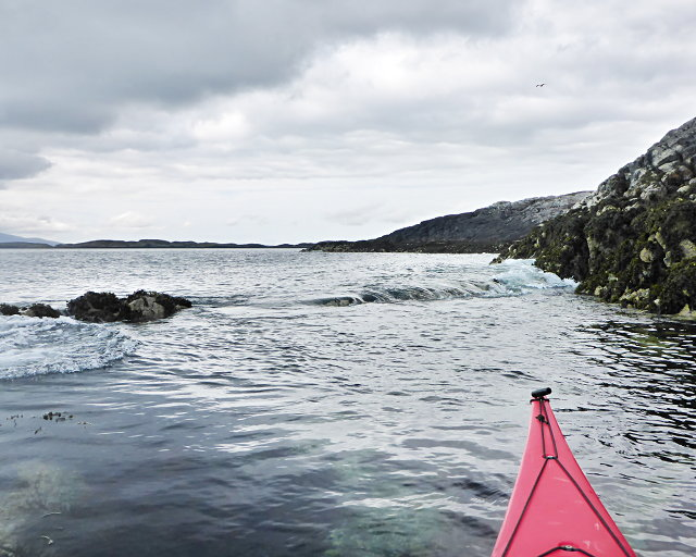 A small tide-race by Rònaigh