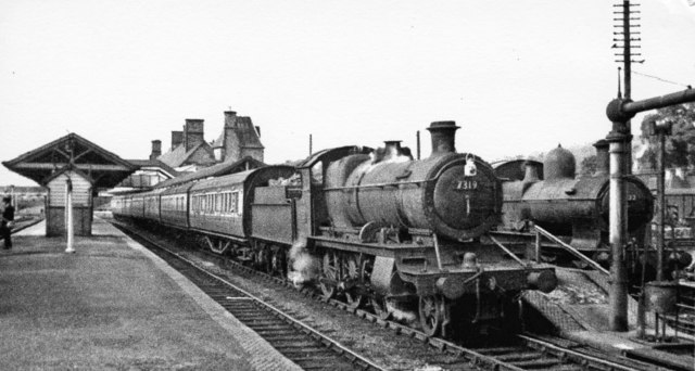 Welshpool station, with ex-GWR 2-6-0 on Up  train, 1952
