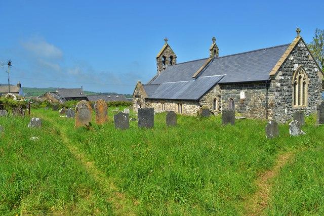 Llanwnda Church