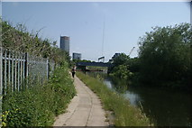 TQ3783 : View of the Great Eastern Mainline crossing the River Lea from the River Lea towpath by Robert Lamb