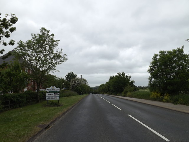 Entering Stowmarket on the B1115 Stowupland Road
