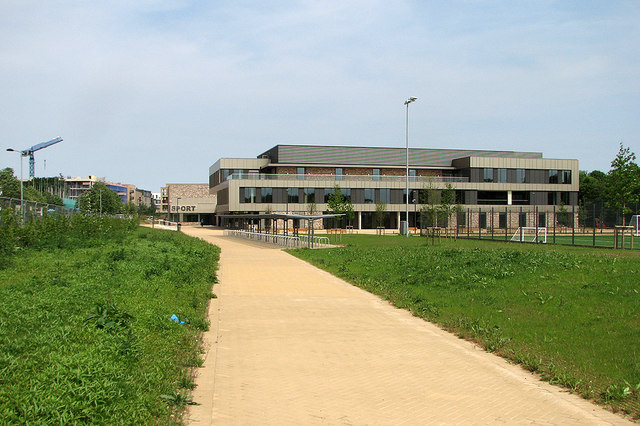 The southern approach to Trumpington Community College