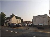 SU7167 : David Hearn motor engineers on Basingstoke Road by David Howard