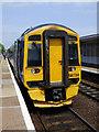 NT1691 : Cowdenbeath railway station by Thomas Nugent