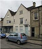 SO8700 : V5 Beauty in Minchinhampton by Jaggery