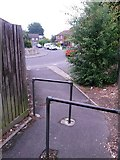 SZ0795 : East Howe: footpath E32 reaches Cartwright Close by Chris Downer