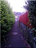SZ0795 : Northbourne: footpath E42 reaches Howeth Road by Chris Downer