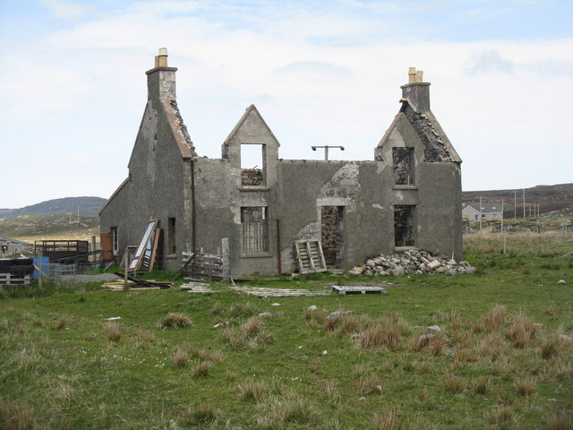 Ruined house at Calanais
