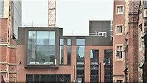 J3372 : New School of Law, Queen's University, Belfast - June 2016(3) by Albert Bridge