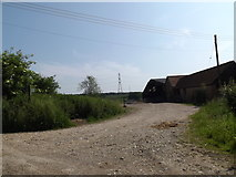 TM0949 : Footpath to Upper Street & entrance to Westleygreen Farm by Adrian Cable