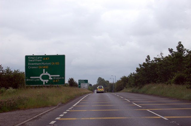 Cars That Start With B >> A17 approaching A47 junction roundabout © J.Hannan-Briggs :: Geograph Britain and Ireland
