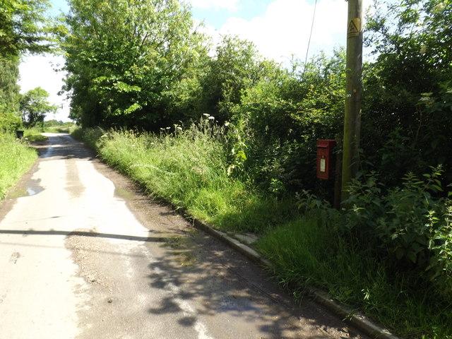 Nettlestead Road & Westleygreen Farm Postbox